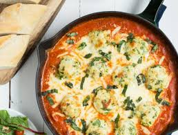 Spoonful Of Comfort Reviews Spinach Chicken Parmesan Meatballs In Creamy Tomato Sauce