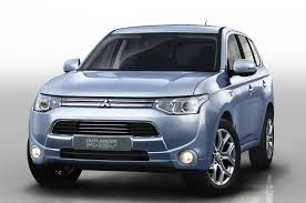 outlander mitsubishi 2011 car advice says goodbye to long term mitsubishi outlander phev video