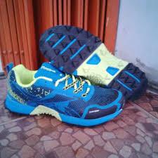 Jual Reebok Zigtech Original reebok zigtech duragrip hitam biru sepatu sport grosir