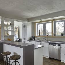 cuisine avec comptoir îlot sureleve avec comptoir de stratifie cuisine maison