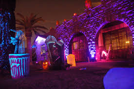 Best Halloween Light Show Best Halloween Haunted Houses In Metro Phoenix In 2017 Phoenix