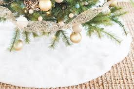 16 faux fur tree skirts for guide patterns
