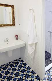 White Tile Bathroom Floor by 36 Blue And White Bathroom Floor Tile Ideas And Pictures
