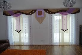 Wohnzimmerwand Braun Wohnzimmer Schiebevorhang In Lila Beige Mit Braunen Bogen