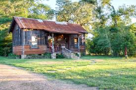 Small Cabins And Cottages The Cowboy Cabin Tiny Texas Houses Small House Bliss