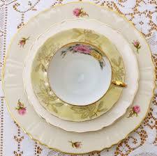 wedding china patterns mismatched china plates wedding antique china vintage roses1