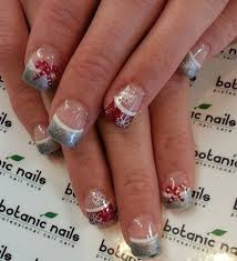 very cute christmas tree inspired nail art paint christmas