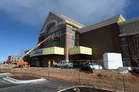 scheels opening saturday expected to jam highway traffic through