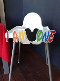 Mickey Mouse Table And Chairs by How To Make A Mickey Mouse High Chair Banner With Free Printable