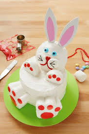 rabbit cake 11 easter bunny cake ideas how to make a bunny rabbit cake