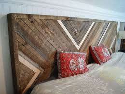 Wooden King Size Headboard by Best 20 Queen Size Headboard Ideas On Pinterest King Headboard