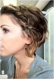 Trendy Frisuren F Kurze Haare by Die Besten 25 Flechtfrisuren Kurze Haare Ideen Auf