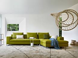 canape vert anis canapé vert dans le salon contemporain et idées déco assortie