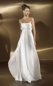 wedding dresses for small bust 2 wedding dress for small wedding wedding ideas