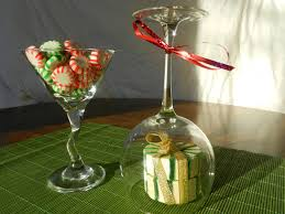 Martini Glass Centerpieces 10 Easy Holiday Centerpiecestruly Engaging Wedding Blog