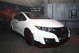 honda civic type r brings 305 hp turbo vtec engine to geneva