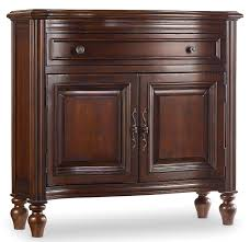 storage chests amazon com hooker furniture hall chest cherry