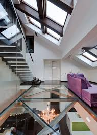 10 glass bottom rooms worth raising your glass to