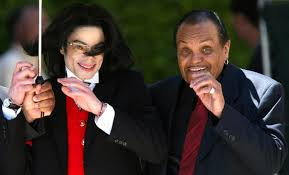 "[IN USCITA] ""Confessions of a Father"" starring Joe Jackson  Images?q=tbn:ANd9GcRKXJhoY7GNC60kB1NZ8MdI2TU5QIz-sZPTctuADAMcBbmaRMMj"