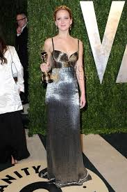 Jennifer Lawrence Vanity Jennifer Lawrence Is A Silver Lining In Calvin Klein At The Vanity