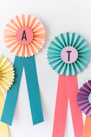 paper ribbon congrats decor13 jpg