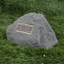 memorial rock memorial boulder bronze plaque like valley monuments