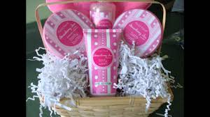 how to make gift baskets how to make a gift basket