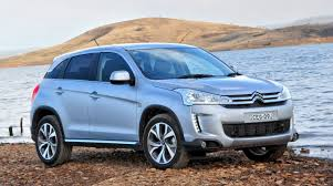 peugeot 2008 2015 comparison citroen c4 aircross hdi 150 exclusive 2015 vs