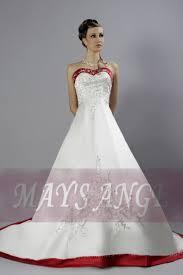 robe de mariã e traine enchanteresse robe de mariage maysange