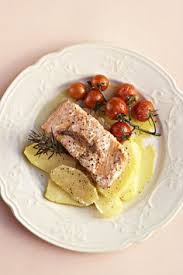 salm cuisine gestoomde vis filette met kruie sarie steamed fish fillet with