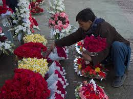 Flowers For Valentines Day How To Buy Valentine U0027s Day Flowers Business Insider