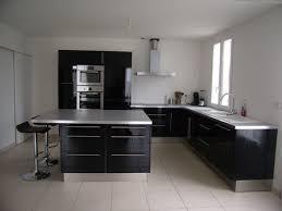 idee cuisine idee cuisine equipee meuble cuisine bois blanc cbel cuisines