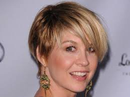 easy to manage hair cuts pictures on short easy hairstyles for fine hair undercut hairstyle