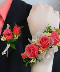 boutonnieres and corsages corsages boutonnieres wrist corsages kankakee il