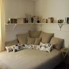 ideas to decorate a small bedroom lovely small bedroom decorating