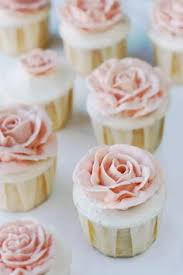 hochzeitstorte cupcakes tea cupcakes both sweet and for a sweet