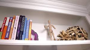 how to accessorize a bookshelf video hgtv