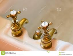 old fashioned bathroom faucets