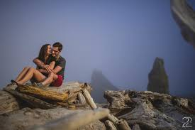 photographers in seattle dan thief butte ruby seattle engagement