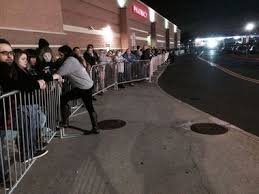 target enfield ct black friday black friday 2015 shoppers line up at enfield conn stores