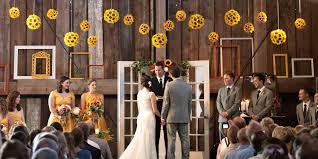 Wedding Venues In Washington State Pickering Barn Weddings Get Prices For Wedding Venues In Wa