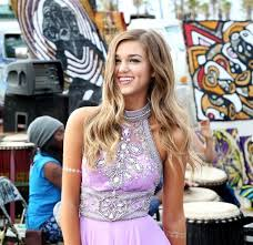 sadie robertson homecoming hair favorite 13 best sadie robertson live original by sherri hill images on