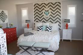 how to wallpaper a space using a chevron pattern