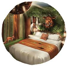 themed rooms breaks in gruffalo themed hotel rooms at chessington world
