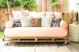 Wooden Outdoor Daybed Furniture - interior outdoor daybed with wood pallet platform and cheerful