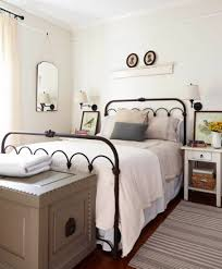 Vintage Bedrooms Pinterest by Tour Ben And Erin Napier U0027s House Home Town House Tour In Laurel