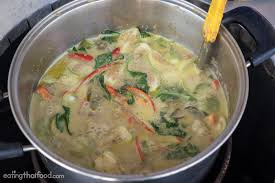 making green authentic thai green curry recipe แกงเข ยวหวาน by my mother in law