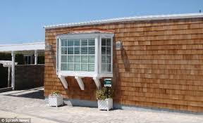 One Bedroom Trailer Is This Really Worth 2 Million Mobile Home Next To U0027baywatch