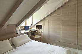 amenagement d un grenier en chambre comment transformer grenier en chambre ou en bureau à huy