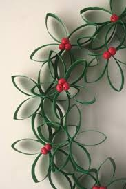 christmas paper wreaths crafts diy christmas ideas craft to sell